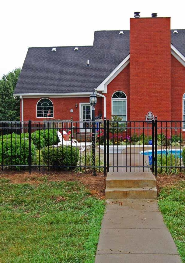 Aluminum Fence, Flat-top