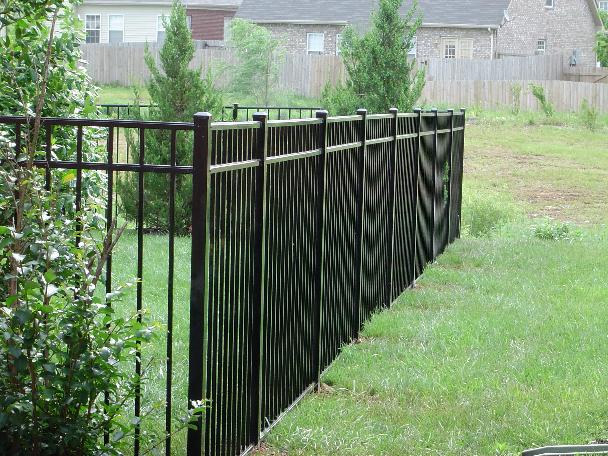 Aluminum Fence, Flat-top w/Spear