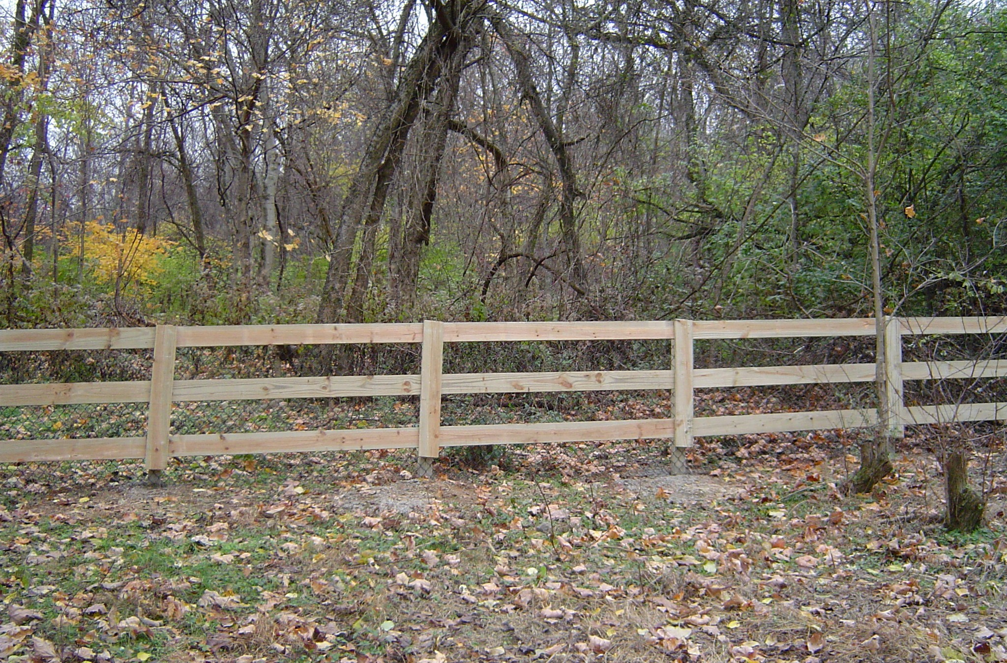 Wood Farm Fence (3-board w/chicken wire on backside)