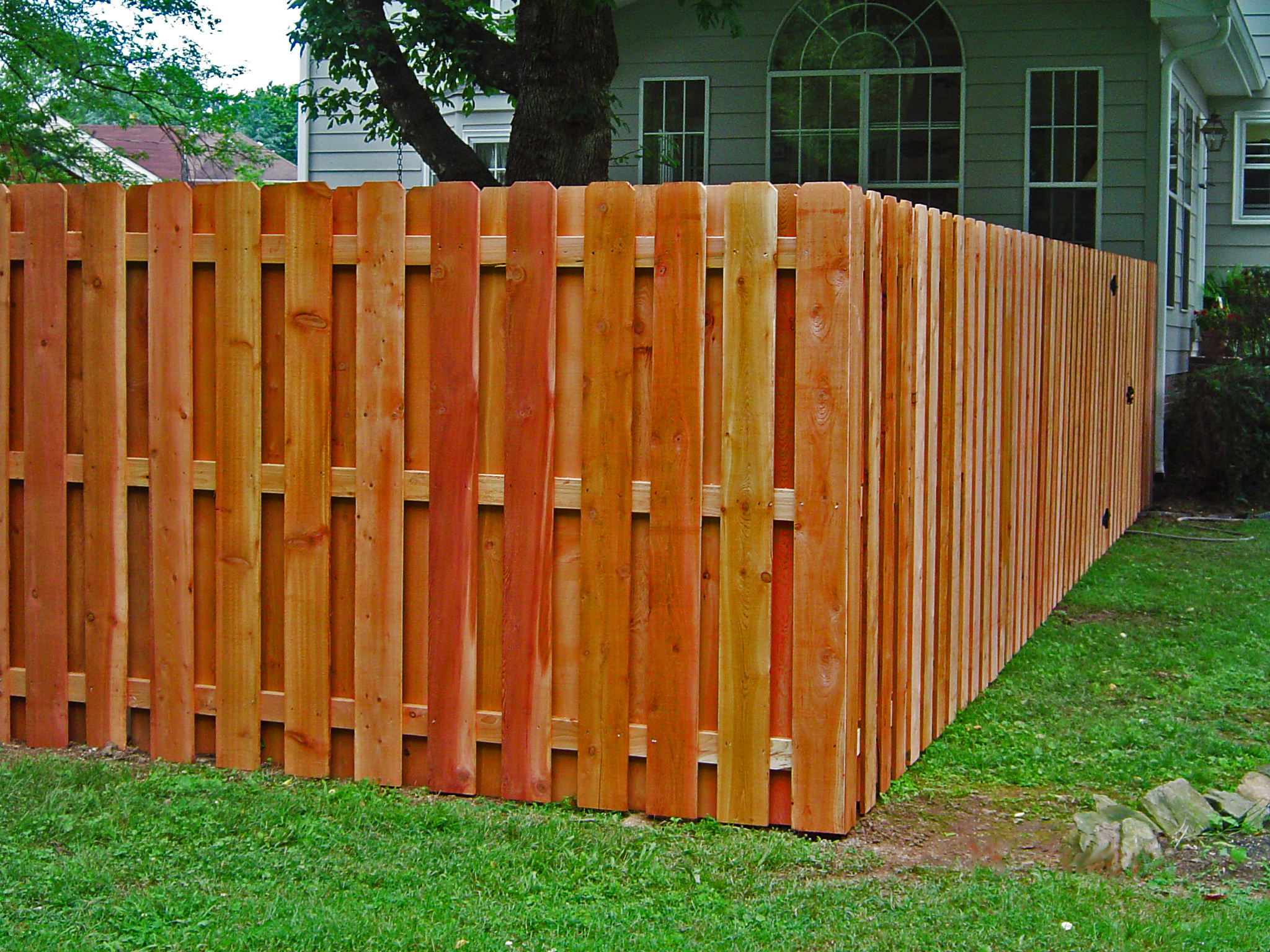 Wood Privacy Fence Shadowbox Franklinfenceanddeck Com